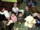 Povestea emoționantă a mamei care își crește singură cei opt copii