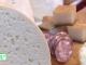 Brânzeturile îngrașă mai mult decât ceafa de porc. Sfatul nutriționiștilor pentru cei care vor să slăbească