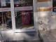 O cățelușă a stat zile întregi în fața unui spital din Turcia, unde era internat stăpânul ei
