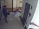 Gestul unei mame, atunci când vede că fiul său cade de la etajul 4