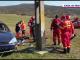 S-a răsturnat cu mașina pe câmp, după ce a lovit un stâlp