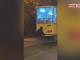Gest inconștient la Ploiești. A mers agățat de tamponul tramvaiului