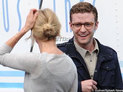 Justin Timberlake rade cu gura pana la urechi! Cameron Diaz il binedispune