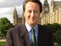 O chelnerita catre premierul Marii Britanii, care comandase 2 capuccino:
