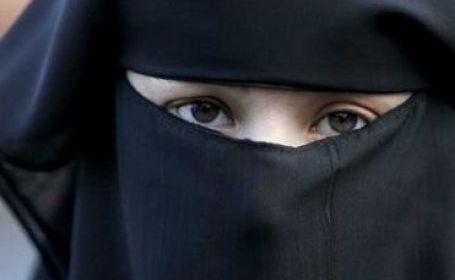 Pedeapsa pentru poligamie in Franta? Cate neveste, tot atatea soacre!