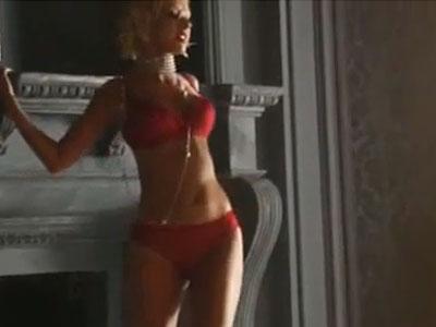Christina Aguilera: Nu pot sa traiesc fara sex! Iubesc barbatia sotului meu