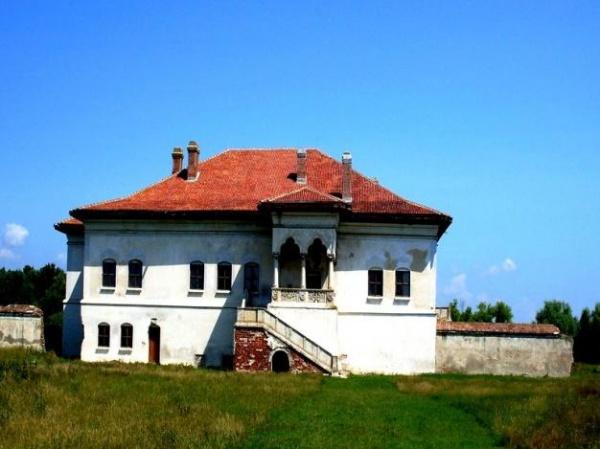 Emil Boc in vizita la Palatul Potlogi: Poate tinem sedintele de Guvern aici