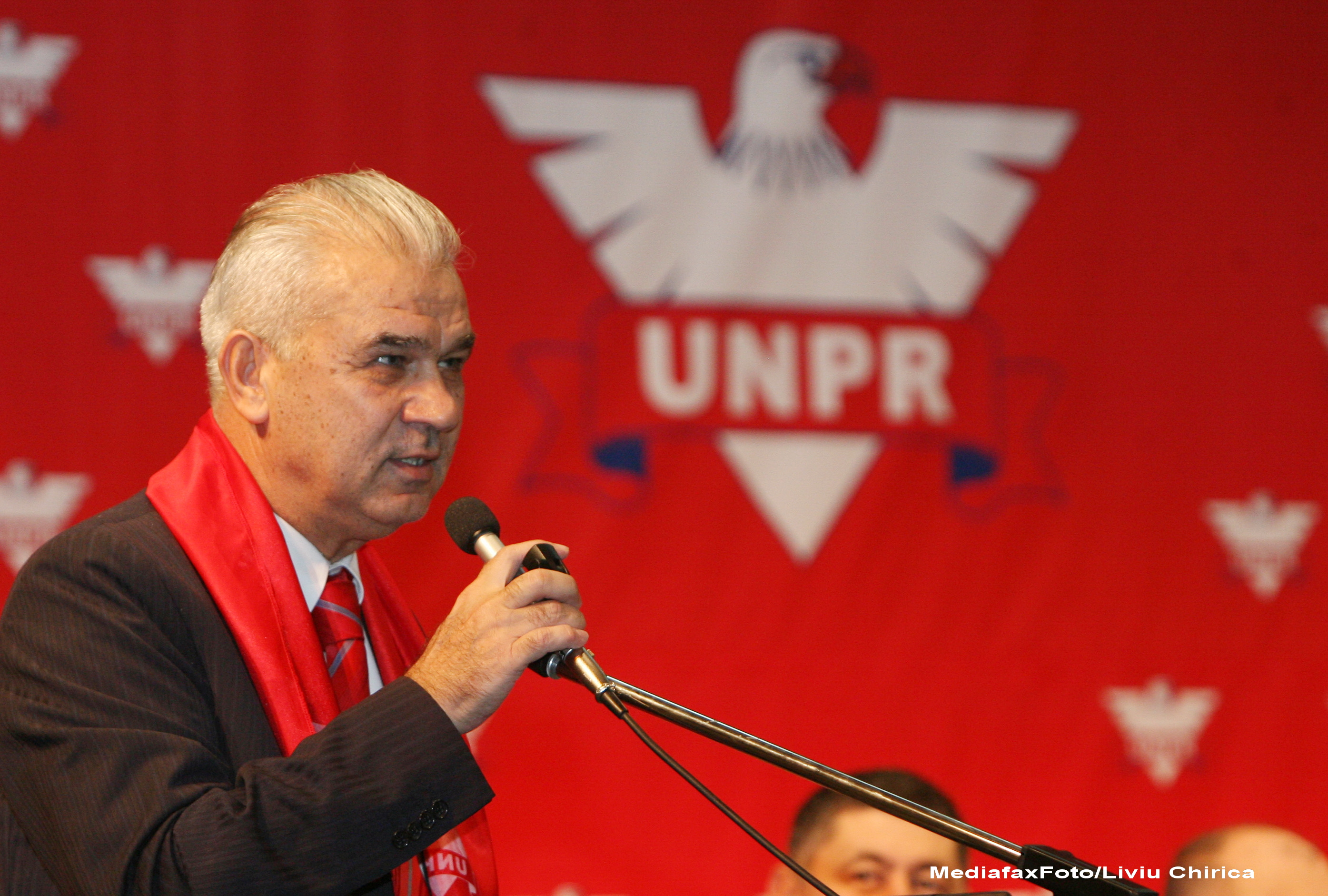 Alegeri locale 2012. Anghel Iordanescu si-a depus candidatura la Primaria Generala din partea UNPR