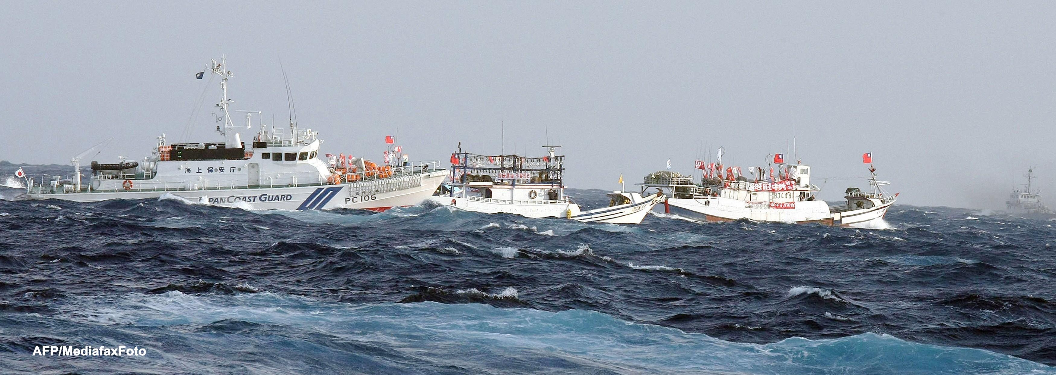 Opt nave chineze au intrat in apele japoneze ale insulelor Senkaku. Japonia este pregatita sa atace