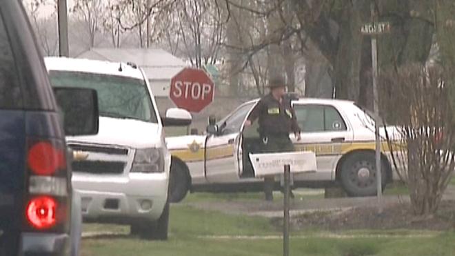 Cel putin cinci morti intr-un atac armat produs in statul american Illinois