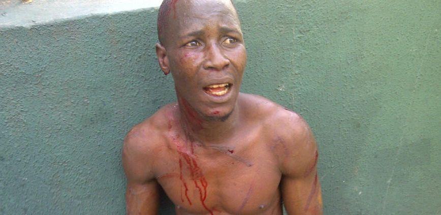 Prin ce chinuri a trecut un soldat din Zimbabwe, dupa ce a fost rapit de patru femei