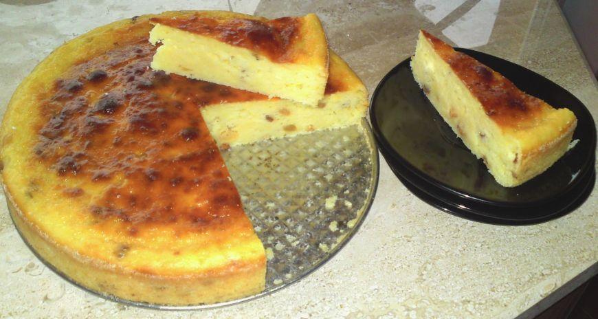 RETETE DE PASTE: Pasca fara aluat pentru Paste, cu branza si stafide