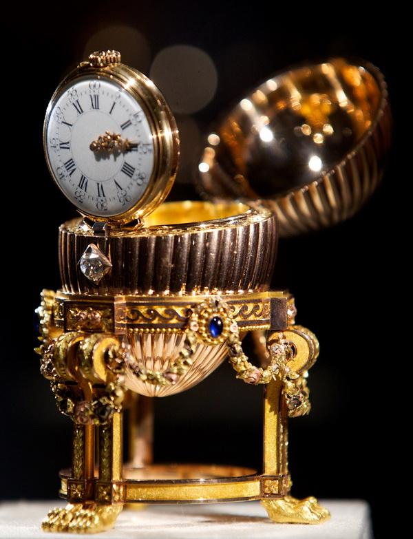 Povestea oului imperial Faberge, considerat pierdut de peste 112 ani, descoperit intamplator de un negustor de fier vechi