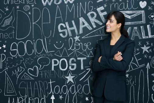 Facebook anunta ca va penaliza paginile care publica un continut de tip spam si cersesc like-uri si share-uri