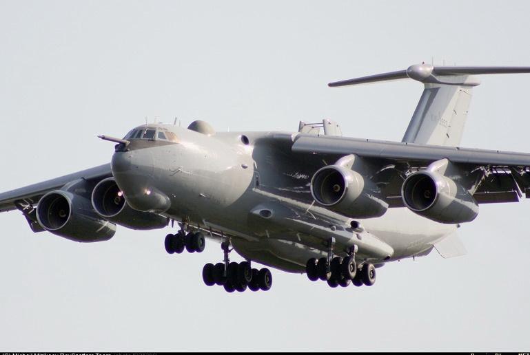 Un avion de recunoastere rus a survolat Marea Neagra, in apropierea spatiului Romaniei, Turciei si Bulgariei