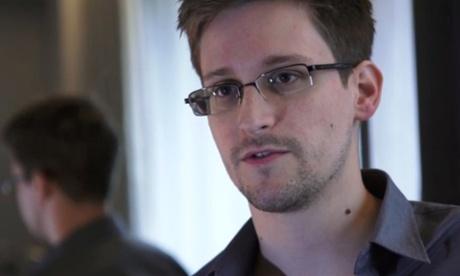 Marea Britanie si-a retras spioni dupa ce China si Rusia au pus mana pe documente secrete sustrase de Edward Snowden
