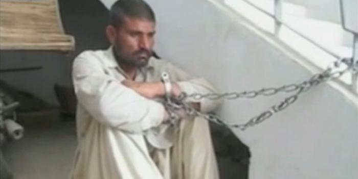 Doi frati din Pakistan sunt anchetati pentru canibalism. Acestia au dezgropat si mancat peste 100 de cadavre