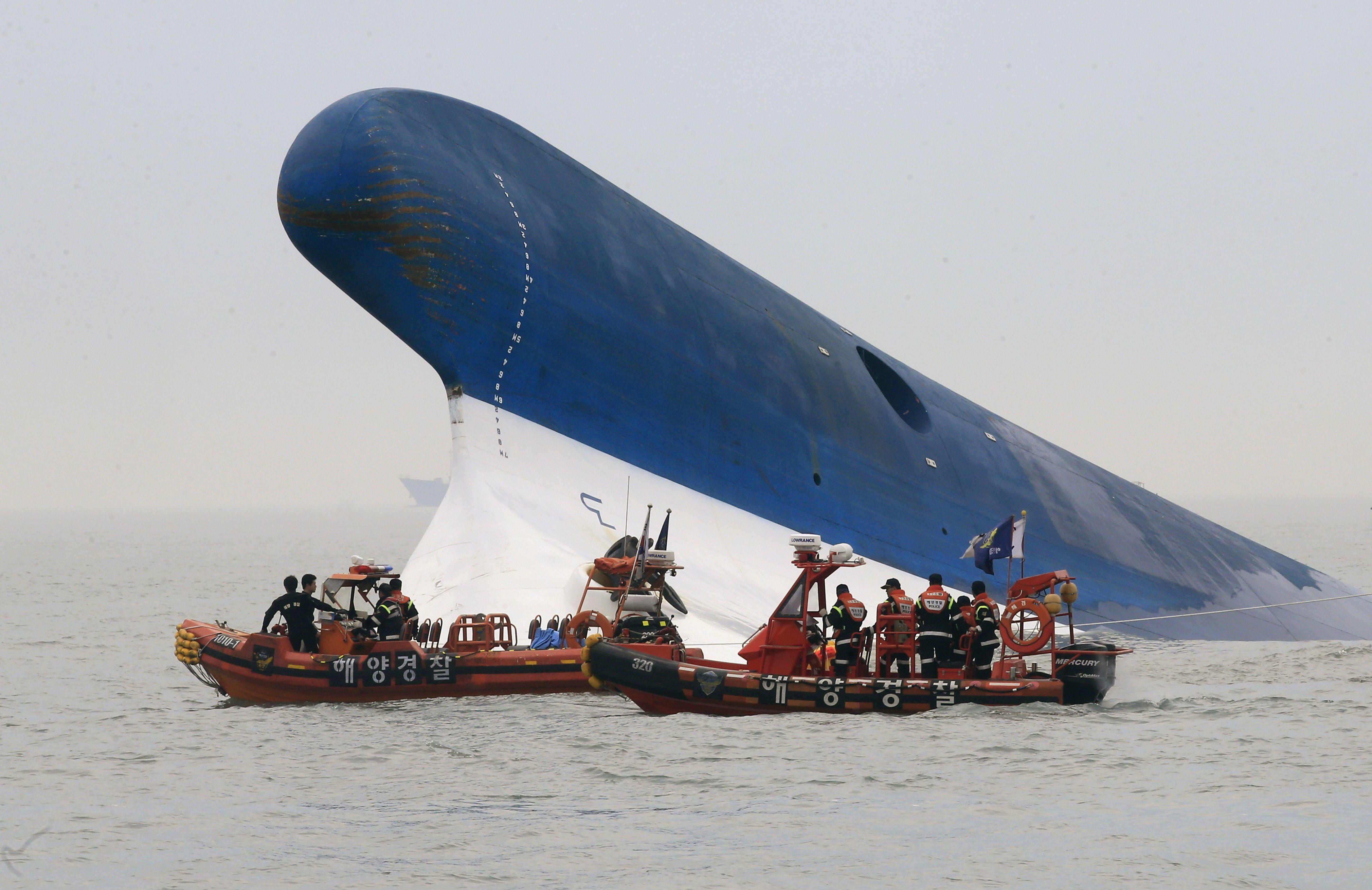 Eroina de pe feribotul scufundat in Coreea de Sud. Tanara care a refuzat sa fie salvata, pentru a-i ajuta pe pasageri