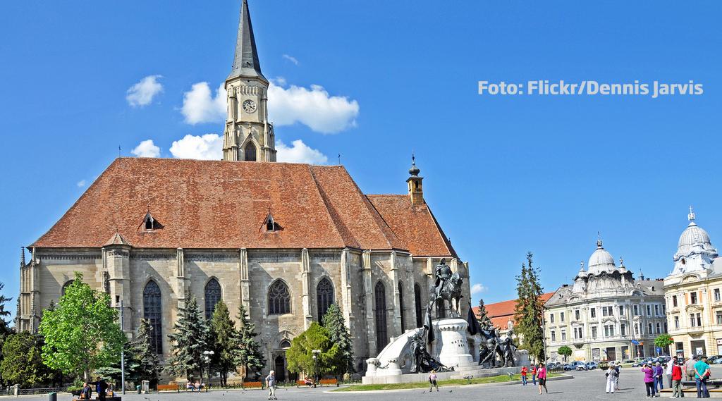 55 de tineri nevazatori din toata tara viziteaza centrul istoric al Clujului