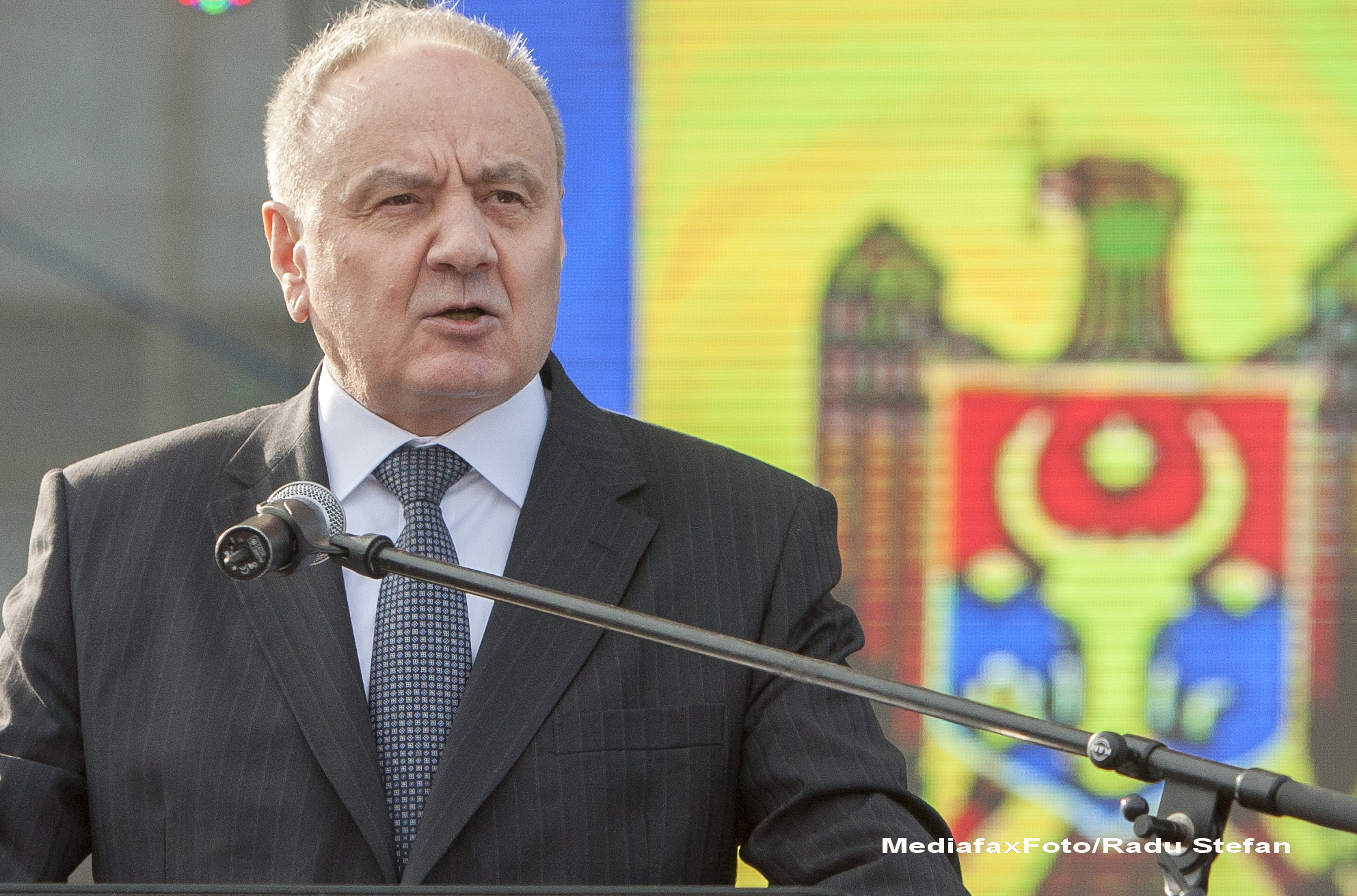 Republica Moldova il sfideaza pe Putin. Nicolae Timofti refuza invitatia de a asista la parada militara de la Moscova