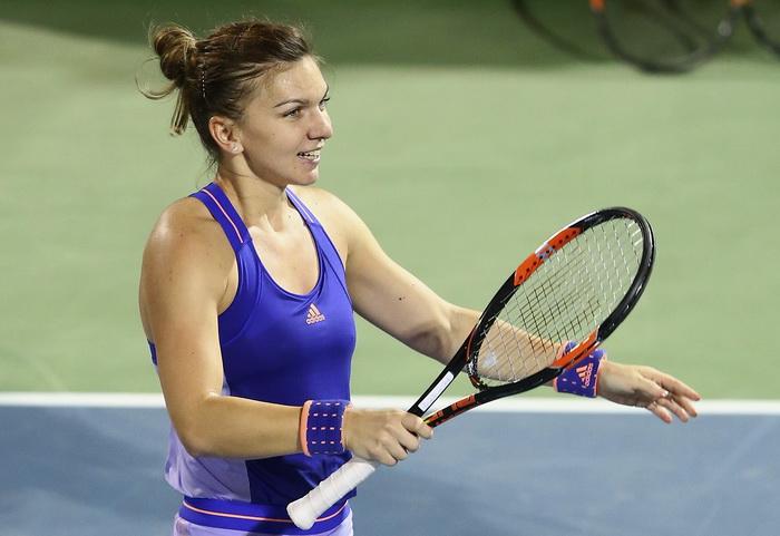 Victorie spectaculoasa pentru Simona Halep in fata lui Angelique Kerber. Sportiva e in sferturile de finala de la Rogers Cup