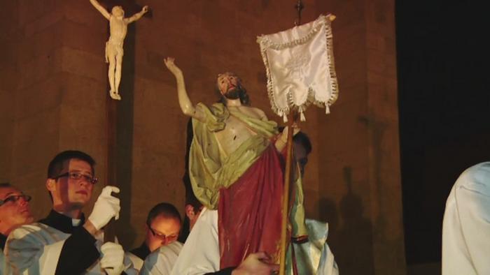 Catolicii din Romania sarbatoresc Pastele. 1,5 milioane de credinciosi si-au spus