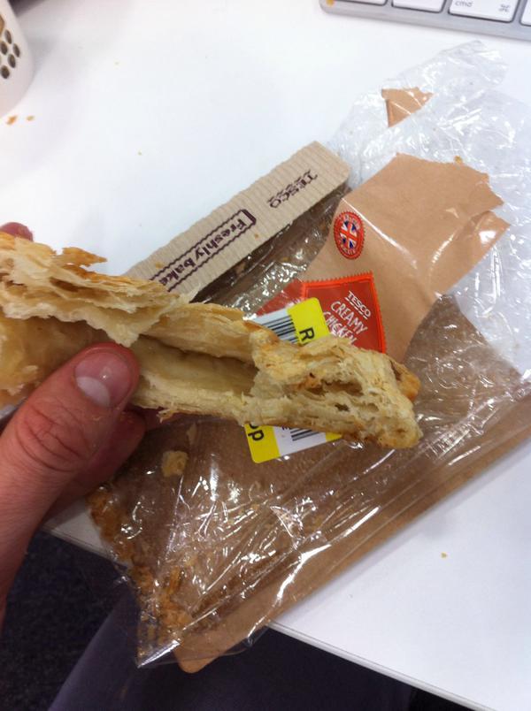 Surpriza pe care a avut-o dupa ce si-a cumparat un sandvis cu pui de la supermarket