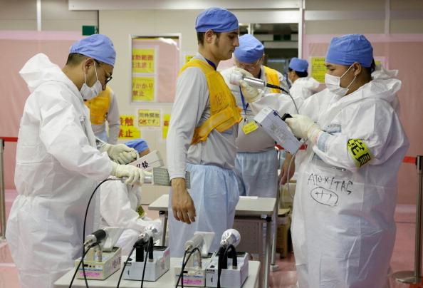 Apa toxica de la centrala japoneza Fukushima s-a scurs ani la rand in Oceanul Pacific