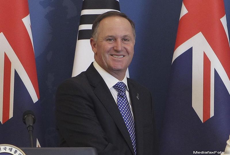 Premierul Noii Zeelande, acuzat ca a tras-o de par in mod repetat pe o chelnerita. John Key si-a cerut scuze