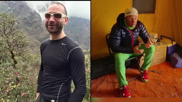 Echipele de salvare au reusit sa ii evacueze pe alpinistii blocati pe Everest. Printre ei se afla si doi romani