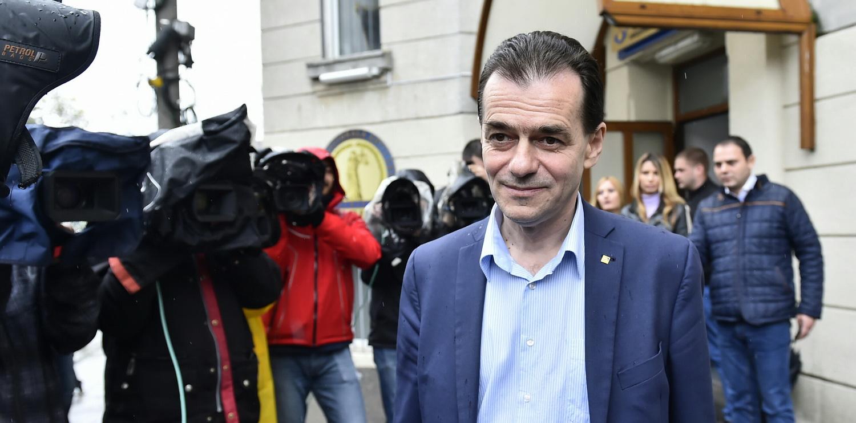 Din candidat, inculpat. Ludovic Orban, urmarit penal de DNA, pentru ca ar fi incercat sa-si finanteze ilegal campania