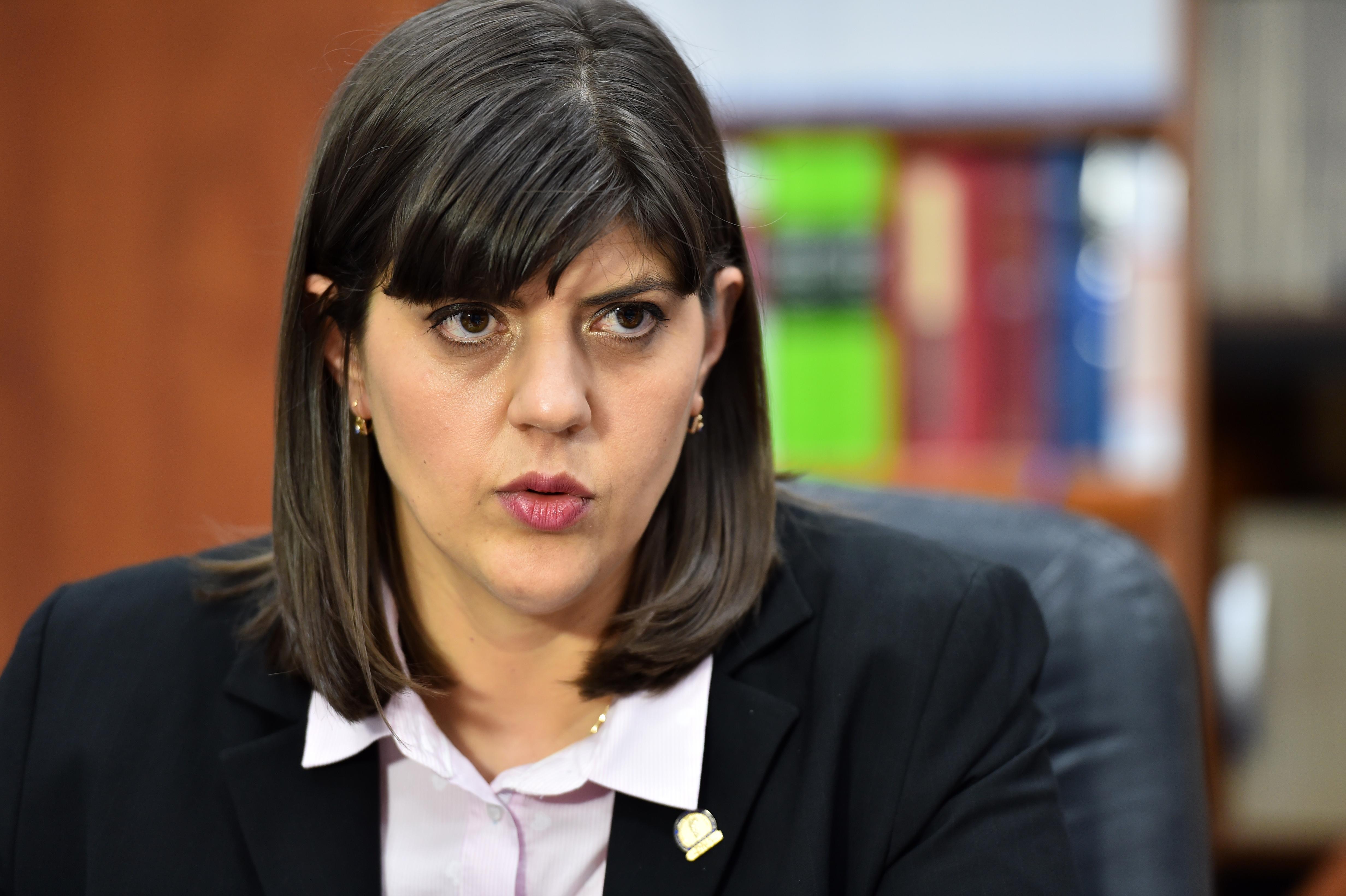Surse Hotnews: Doi moguli media i-ar fi angajat pe israelienii care au spionat-o pe Laura Codruta Kovesi