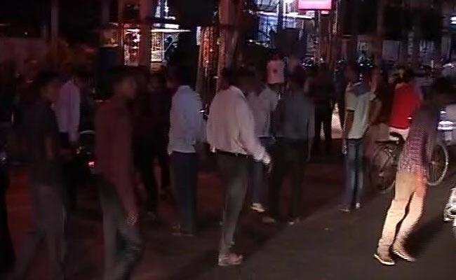 Cutremur cu magnitudinea 6.9 in Myanmar, resimtit si in India. Mai multi oameni si-au parasit locuintele