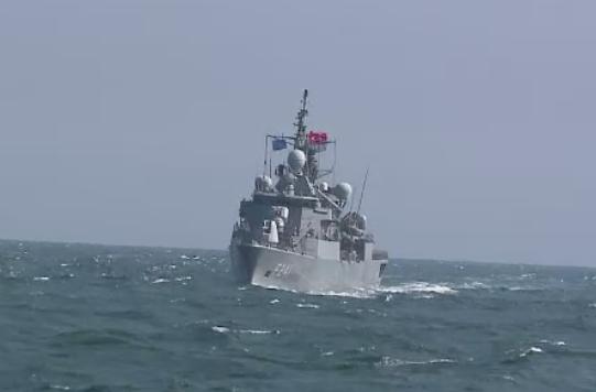 Rusii au spionat din aer si de pe apa exercitiile NATO din Marea Neagra.