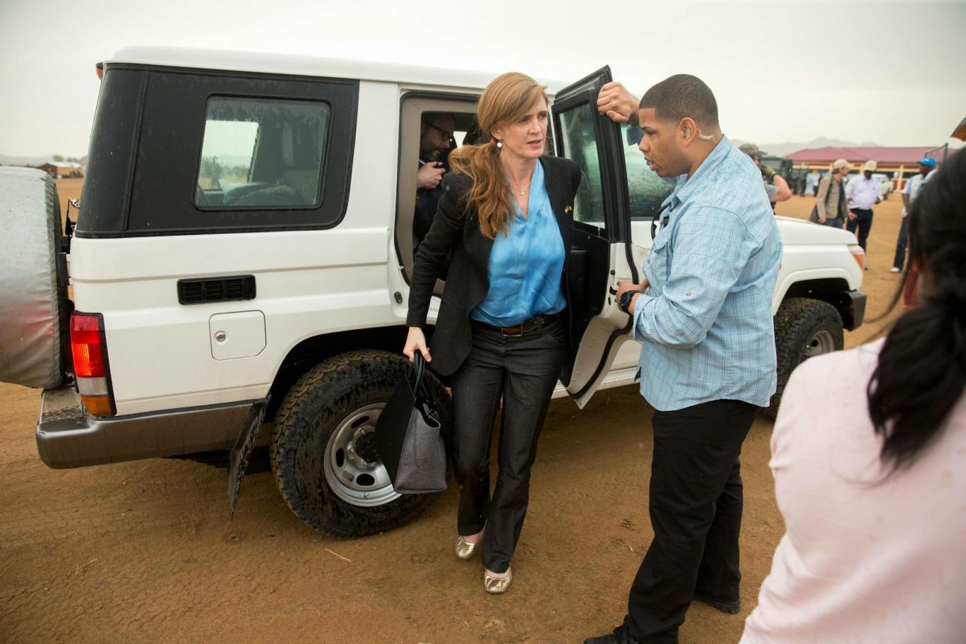 Convoiul ambasadoarei SUA la ONU, Samantha Power, a lovit mortal un copil in Camerun
