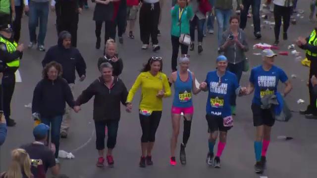 Trei ani de la atentatele de la Maratonul din Boston. Gestul unei dansatoare care a ramas fara un picior in urma atacurilor