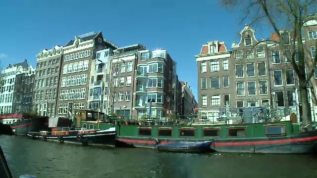 Solutia unui partid olandez pentru a evita atacuri teroriste in Amsterdam la vara