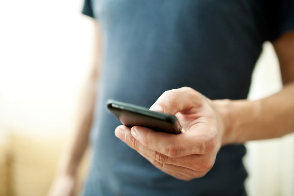 Ultima etapa inainte de eliminarea completa a tarifelor de roaming in UE. Ce se va intampla din 30 aprilie