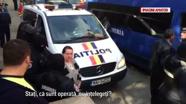 Scandal intre doua clanuri la Cluj, incheiat cu 4 injunghiati si 8 persoane audiate.
