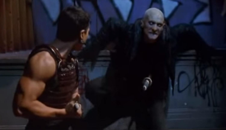 Un actor cunoscut pentru roluri de vampiri si zombie s-a sinucis pentru ca era