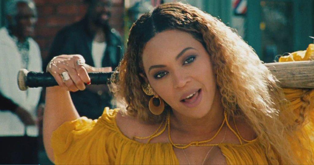 Imaginile care le-au pus casnicia sub semnul intrebarii. Cum au fost surprinsi Beyonce si Jay-Z, dupa scandalul infidelitatii