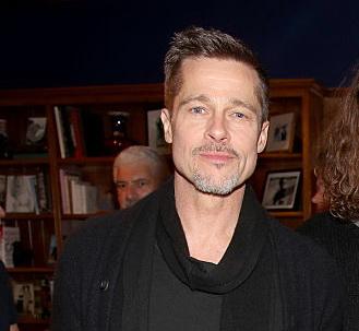 Schimbarile prin care a trecut Brad Pitt dupa despartirea de Angelina Jolie. Fotografiile, pe prima pagina a tabloidelor