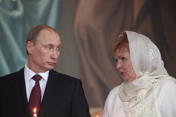 Fosta sotie a lui Putin s-a recasatorit si si-ar fi cumparat o vila in sudul Frantei. Ce s-a aflat dupa o ancheta