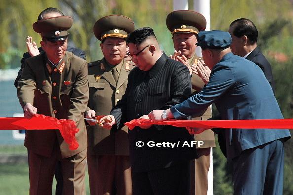 O noua strada, inaugurata cu fanfara in Coreea de Nord. 200 de jurnalisti straini au fost invitati la eveniment. VIDEO