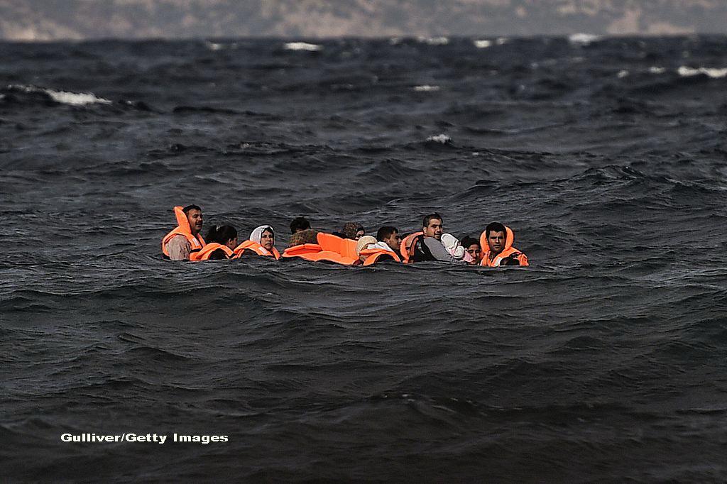 Acuzatii grave. Salvatorii din Marea Mediterana spun ca Europa ca ii lasa pe refugiati sirieni sa se inece