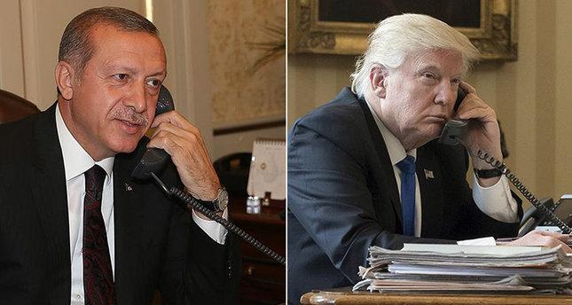 """Trump a amenințat Turcia că o va """"devasta economic"""" daca îi atacă pe kurzi"""