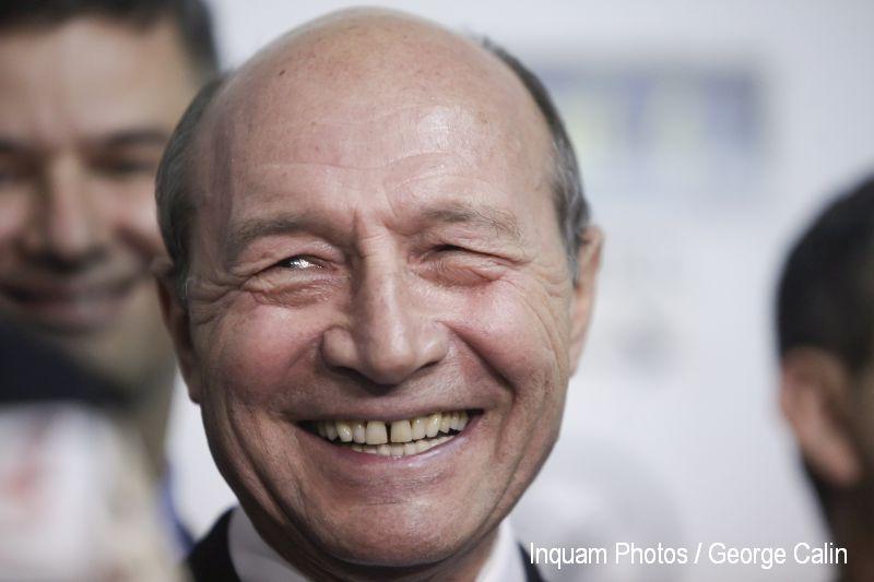 Traian Basescu poate rasufla usurat. Procurorii au clasat ancheta legata de retrocedarile facute cand era primar general