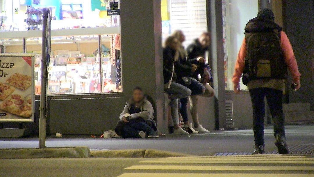 Cersetoarele romance devin prostituate in timpul noptii, in Norvegia. Ancheta care a starnit revolta