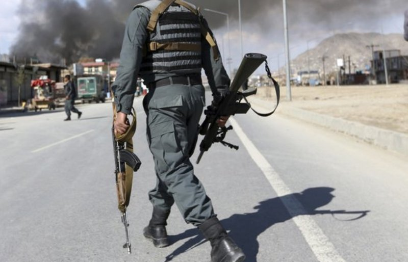 Masacru comis de talibani intr-o baza militara din Afganistan. Atacatorii s-au deghizat in soldati si au folosit acte false
