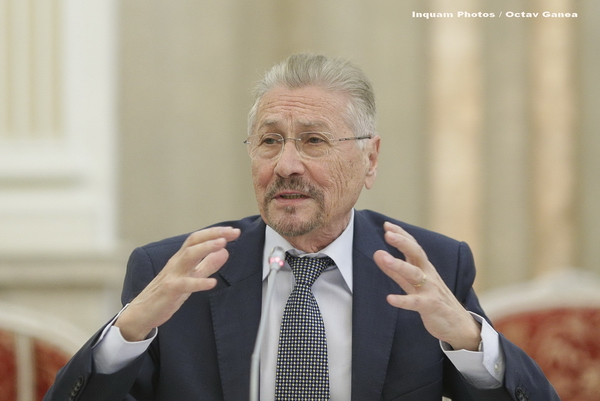 Emil Constantinescu a mers la Spitalul Elias. Mesajul transmis de cabinetul său